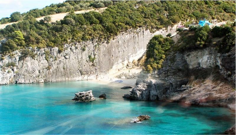 Сероводородные источники и пляж Ксигия (Ksigia) на Закинфе