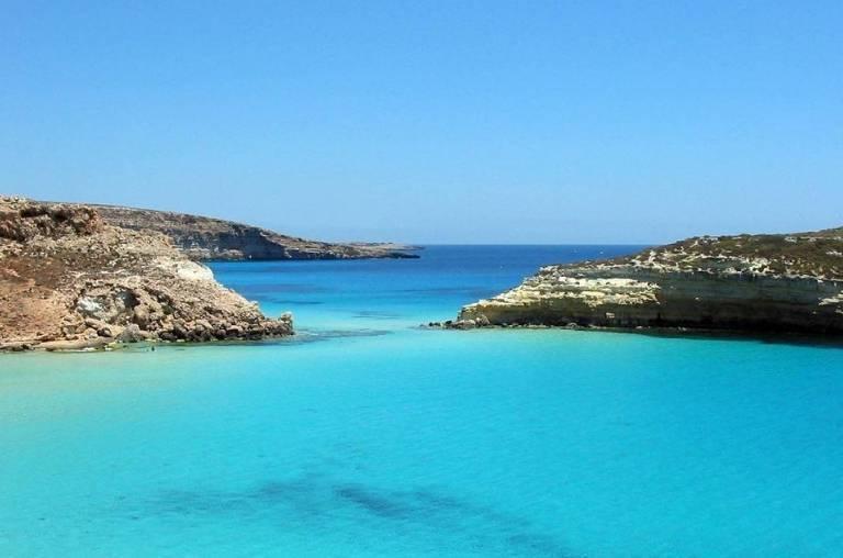 Фото острова Лампедуза
