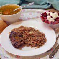 Рис, суп с фрикадельками, котлета куриная, салат оливье