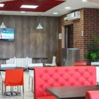 Интерьер ресторана быстрого питания